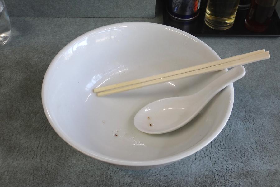 スープも最後の一滴まで飲み干しごちそうさま!